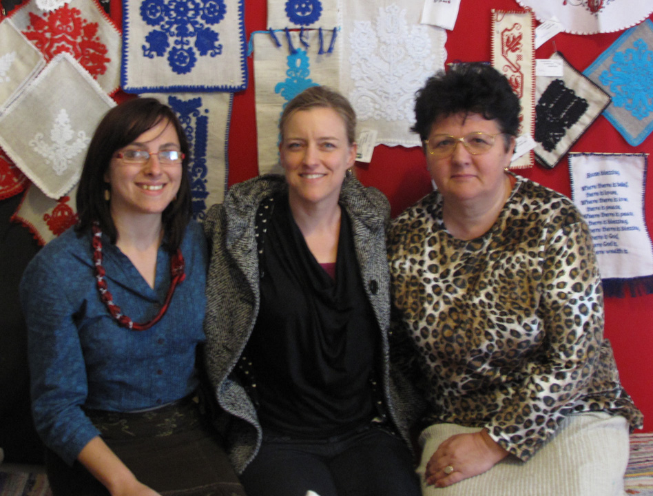 Sarah, the founder, center, with Orsolya, left, and Ildikó of the Unitárcoop Alapítvány,   Târgu-Mureș/Marosvásárhely, Romania, 2013.