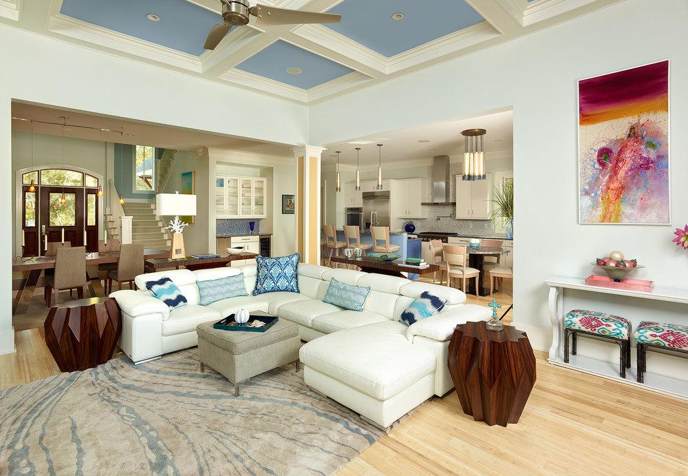 Dlb custom home design dlb custom home design for A la mode salon hudson wi