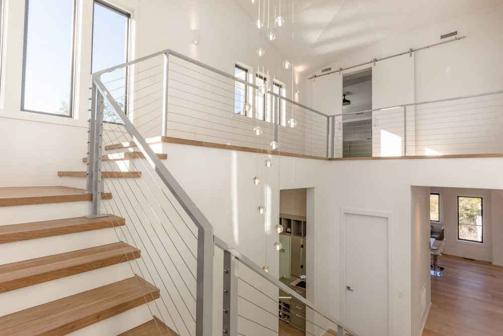 Modern Staircase.JPG