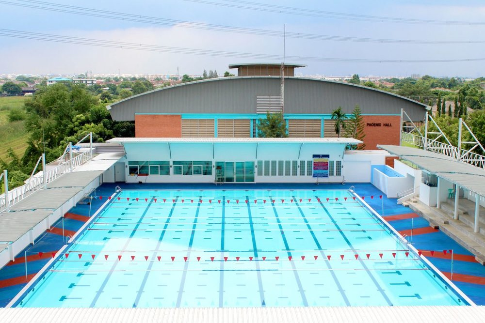 Ruamrudee Swimming Pool.jpg