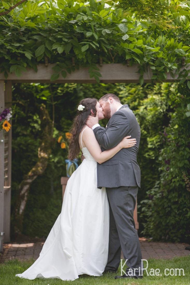 A blog post of Logan & Rikki's sunflowery, joyful wedding