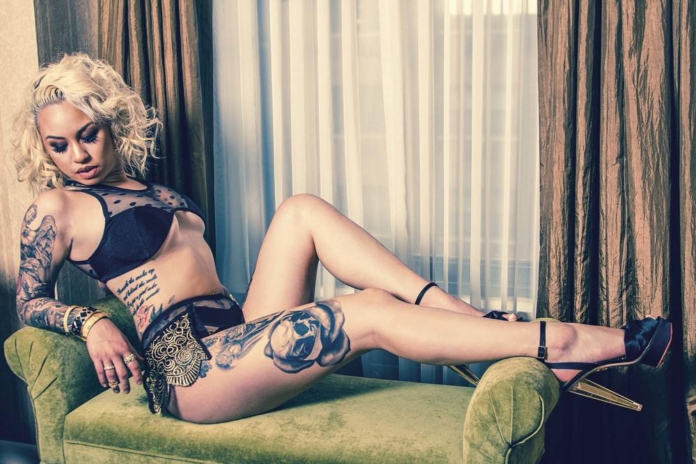 Pookie-Photography-Kat-Black-Ink0.jpg