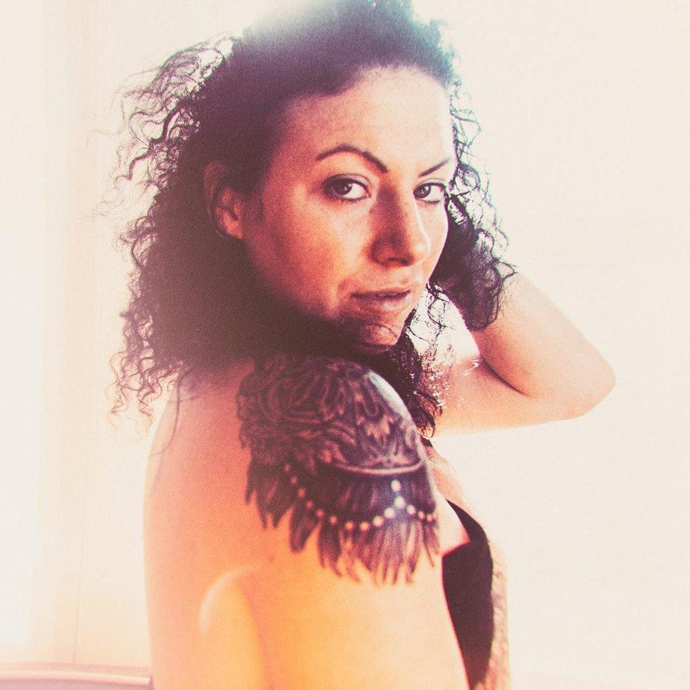 Stephanie Guttenplan - Pookie - Women Artist Coach