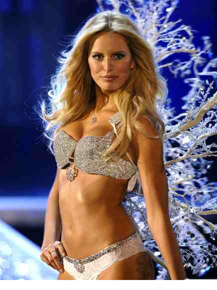 "In 2006, Karolina Kurkova / ""Hearts On Fire Fantasy Bra"" $6.5 million"