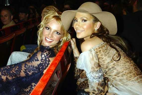 2001 : with Jennifer Lopez