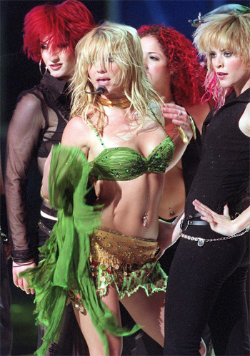 vma 2001 performance.jpg