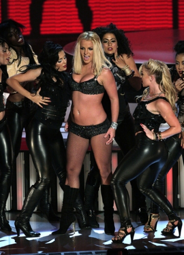 "2007 : Britney is back! She opened the show with a performance of ""Gimme More""."
