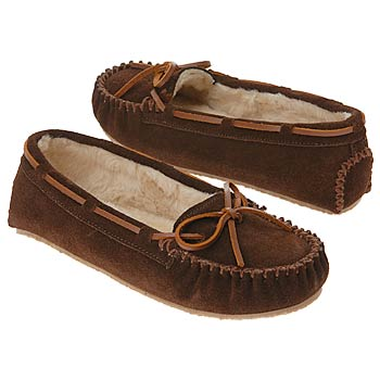minnetonka_moccasin_womens_cally_slipper_shoes_chocolate_797437.jpg