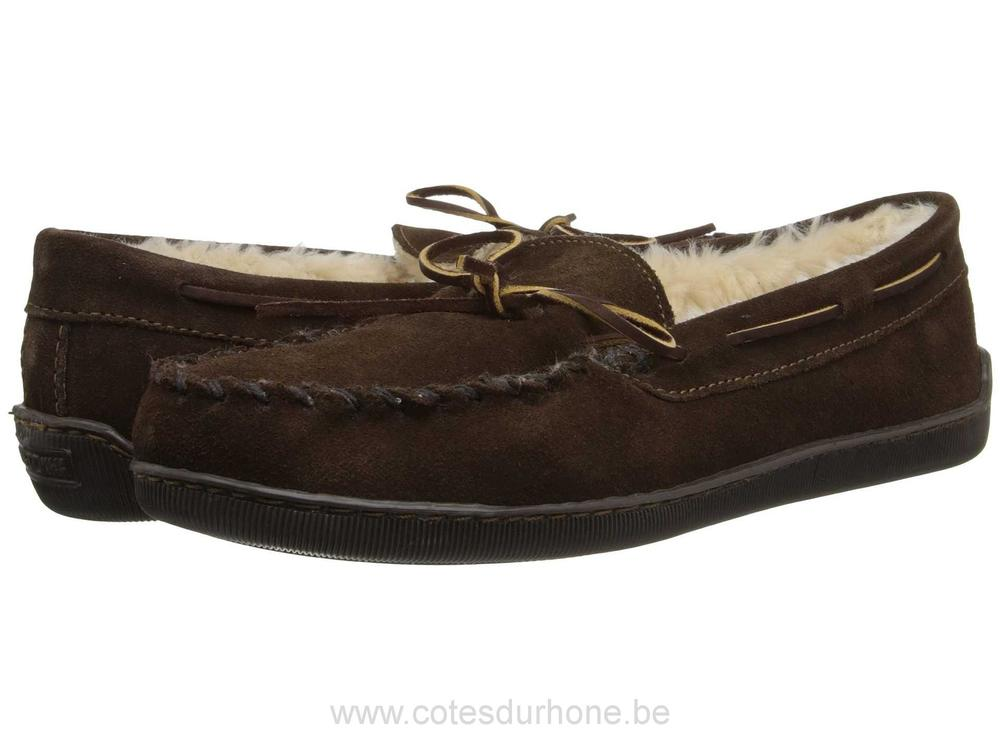 Heren-Minnetonka-Pile-Lined-Hardsole-Chocolate-Suede-Slippers-KK16005028.jpg