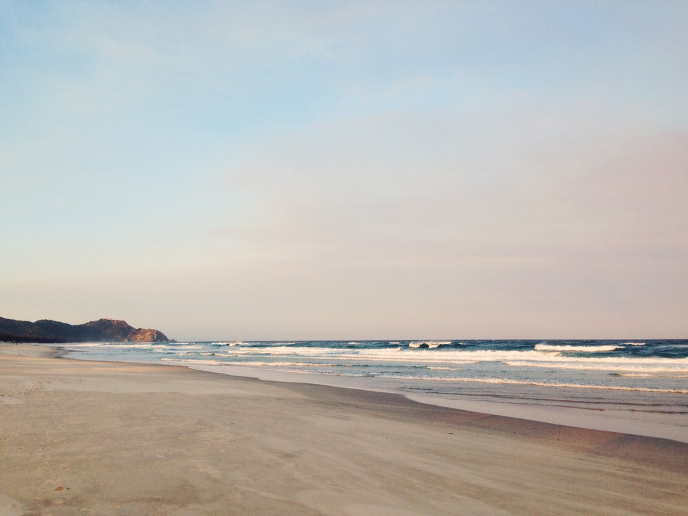 tallow beach, byron bay | sally mussellwhite