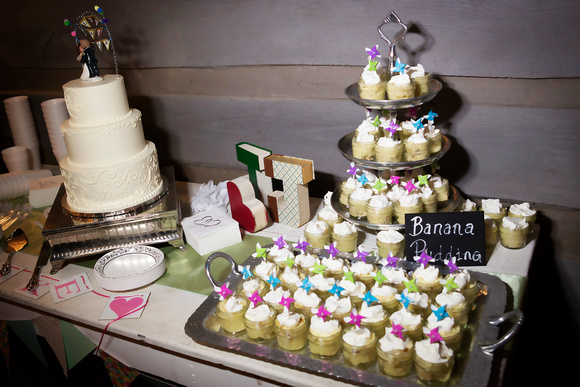 Cake: Dulce Desserts/ Banana Pudding: Mrs. J's Baking