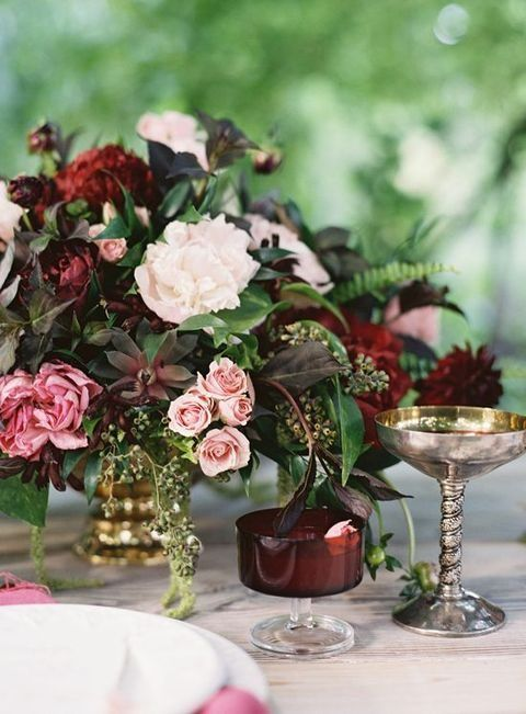 http://happywedd.com/decor/42-refined-burgundy-and-blush-wedding-ideas.html