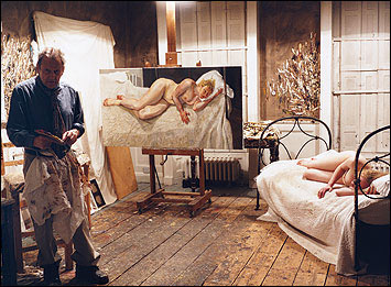 lucian-freud in studio.jpg