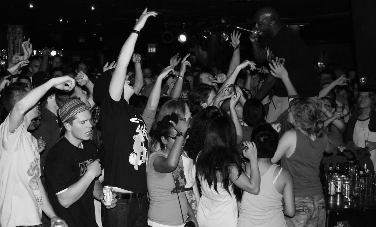 Shad  @ Biltmore Cabaret   June 3, 2010