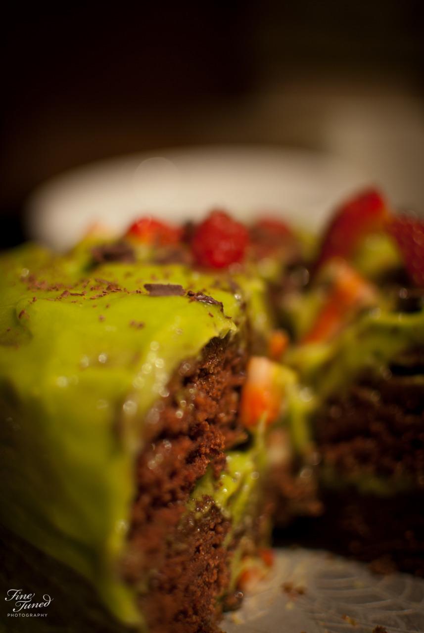 Vegan friendly, gluten free birthday cake, with avacadoicing. Yea..