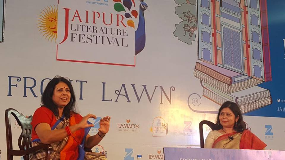 MY TALK AT THE JAIPUR LIT FEST, WITH MODERATOR SHRABANI BASU. OVER A THOUSAND ATTENDEES AT THIS EVENT!