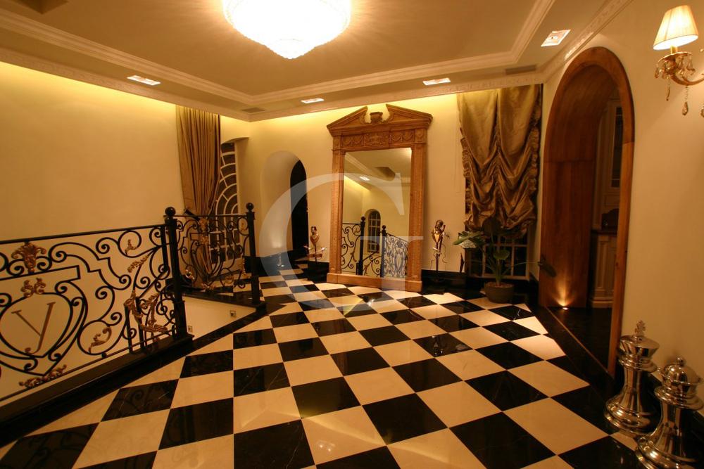Walla Home Design   Queen Of The Golden Heart