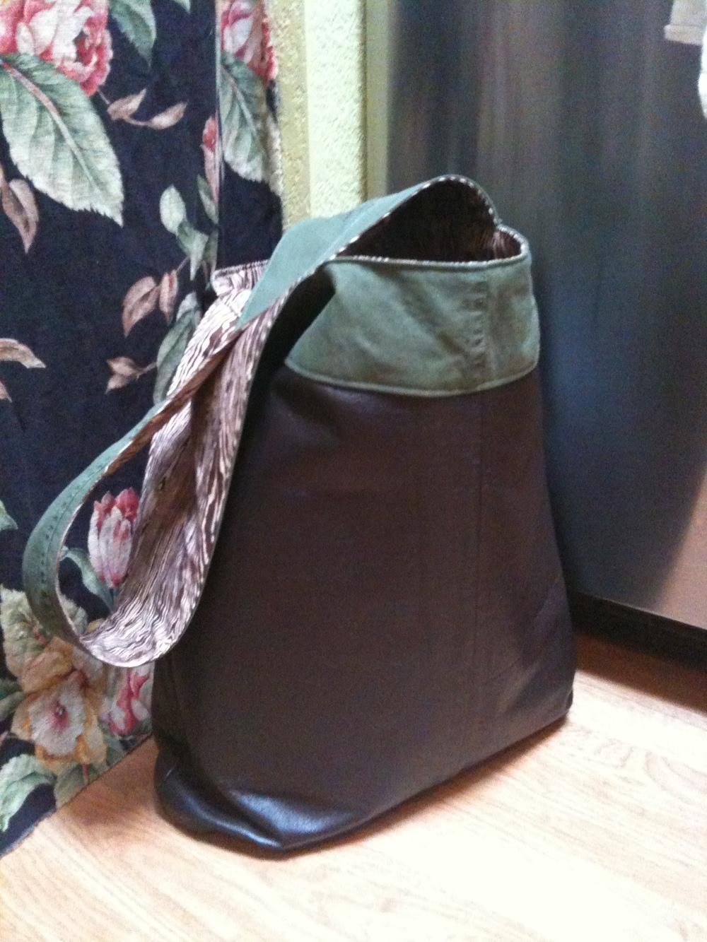 Leather Skirt Bag Brown.JPG