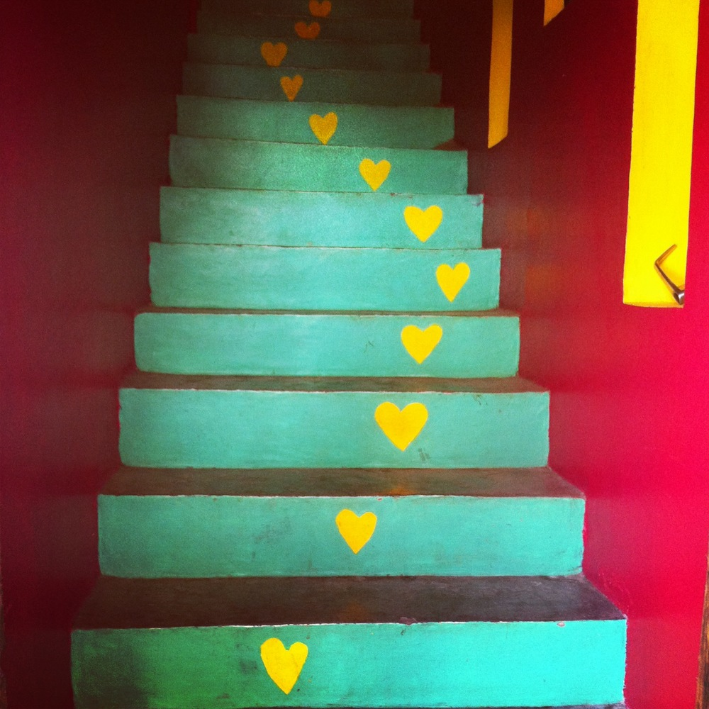 love steps right up