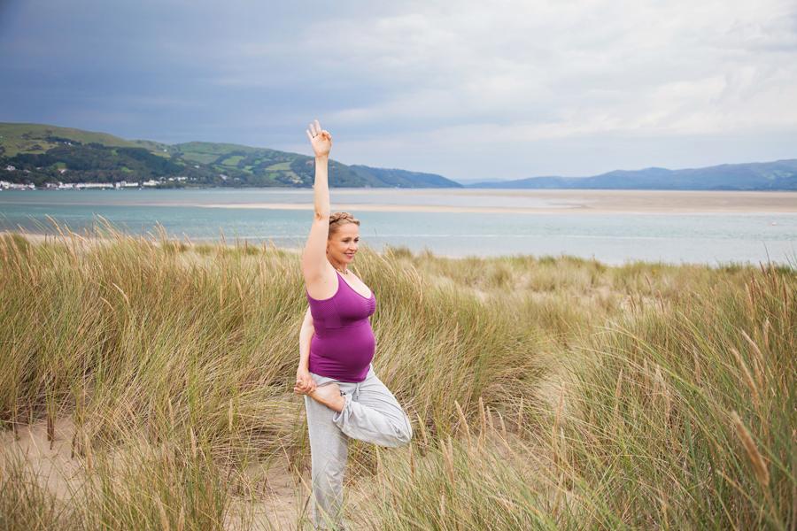 Regina_Yoga-016.f.s.jpg