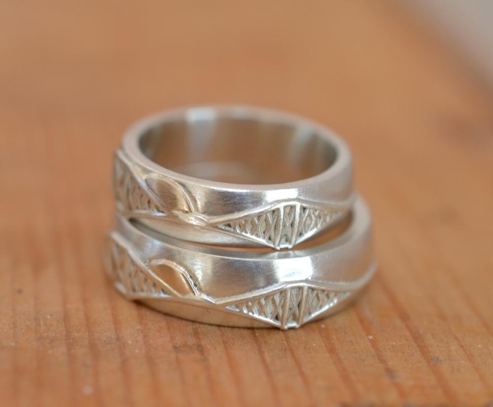 shiny, shiny wedding rings!