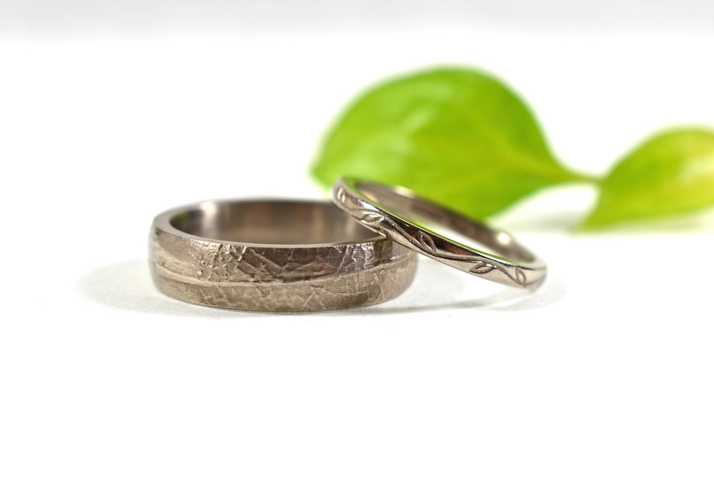 Leaf texture & engraving wedding set