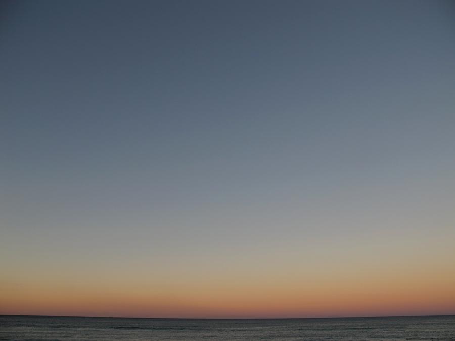 horizon_a.jpg