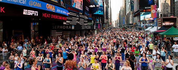 Time Square yoga