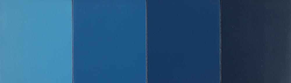 Vier Teile Blau nach Schwarz