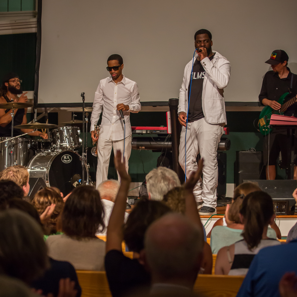 "The concert with Che ""Rhymefest"" Smith, T.L. Williams, and local musicians, following the screening of IN MY FATHER'S HOUSE on July 20, 2015, at Union Chapel in Oak Bluffs. Photo by Maria Thibodeau."