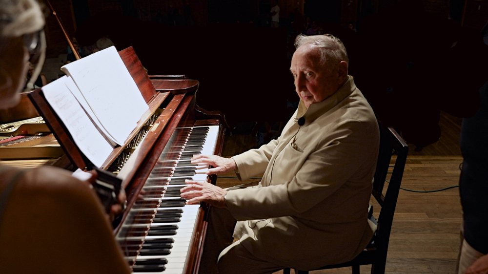Seymour Bernstein leads a piano masterclass, following the screening of SEYMOUR: AN INTRODUCTION on July 29, 2015. Photo by Reece Robinson.