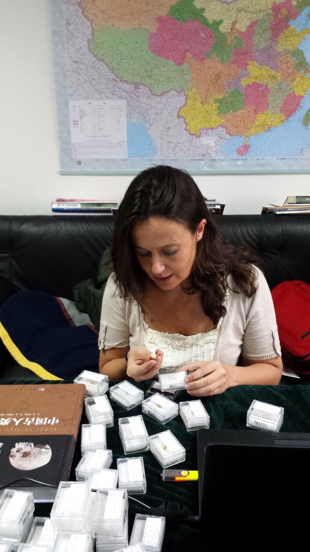 María Martinón-Torres studying the Daoxian teeth at the IVPP in Beijing