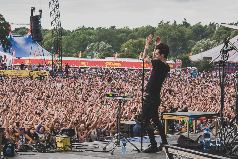 2015_reading_gregorynolan_PanicAtTheDisco_MainStage_Friday-295.jpg