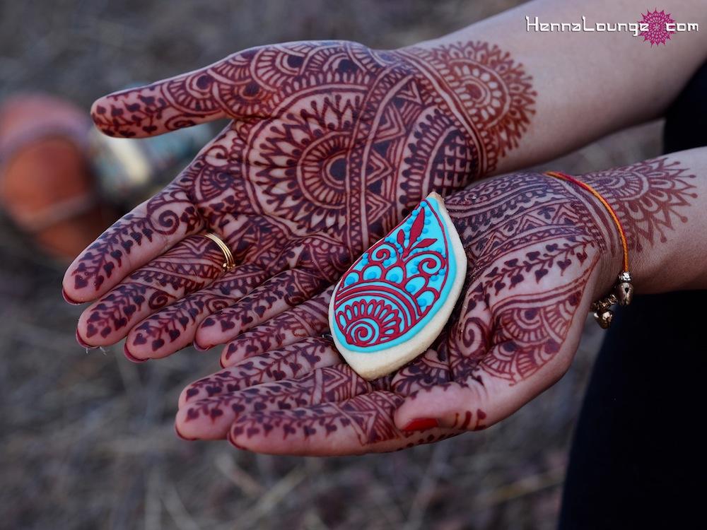 Mehndi Cake Tutorial : Mehndi cakes by henna lounge