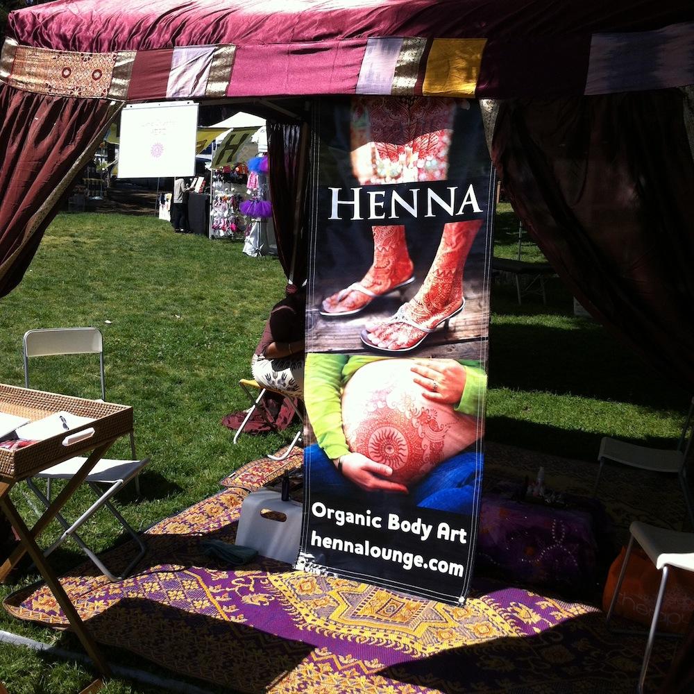 henna_booth.JPG
