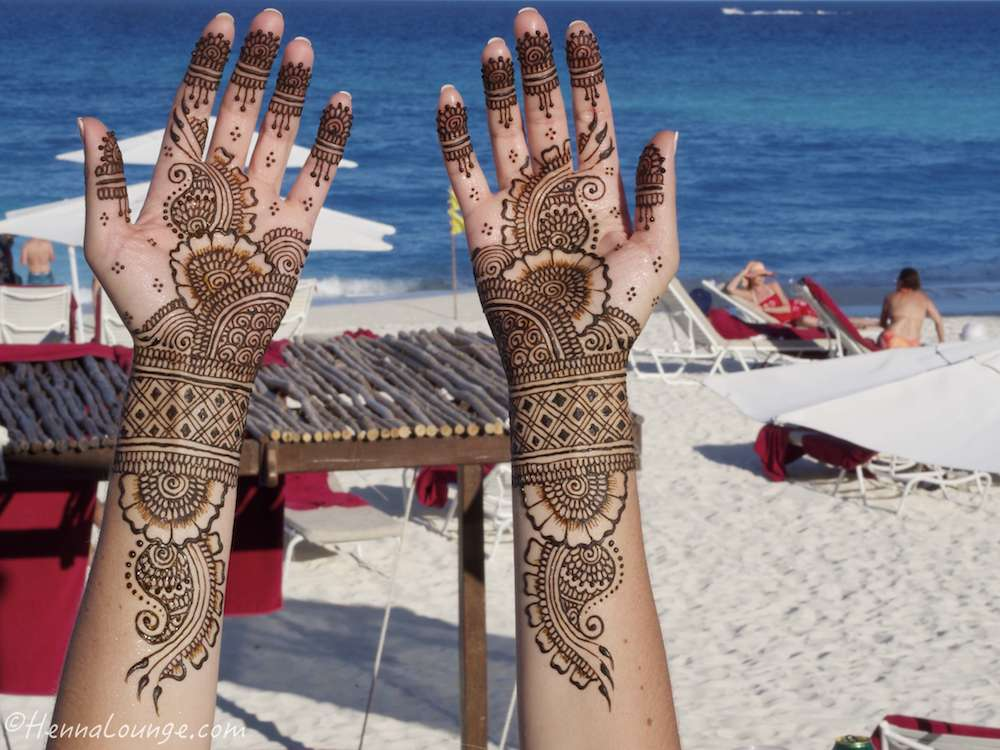 Bridal mehndi at Sandos Caracol resort in Cancun