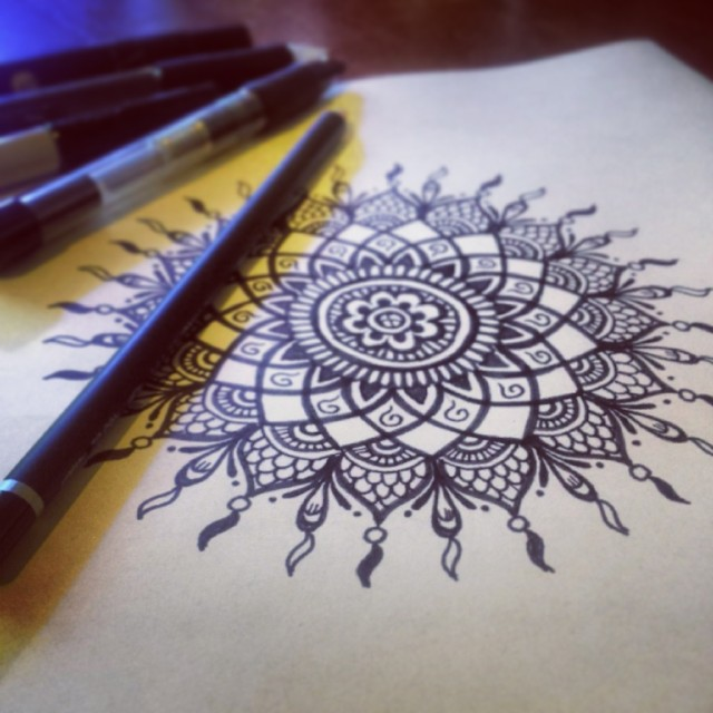 A dream-catcher mandala, all done freehand by www.hennalounge.com !