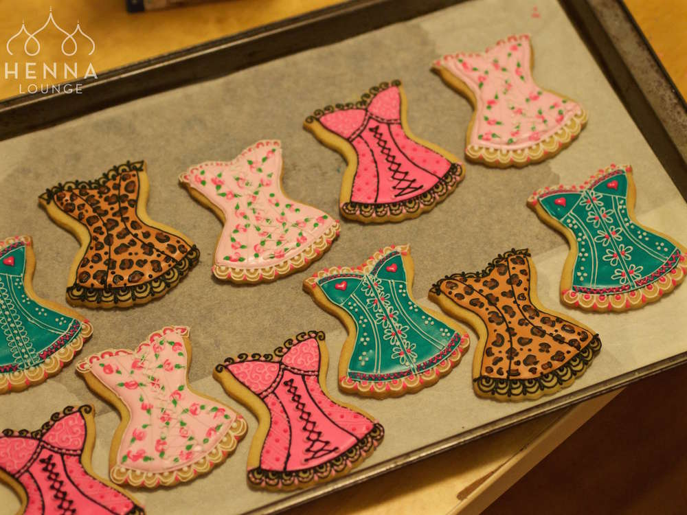 corsetcookies.jpg