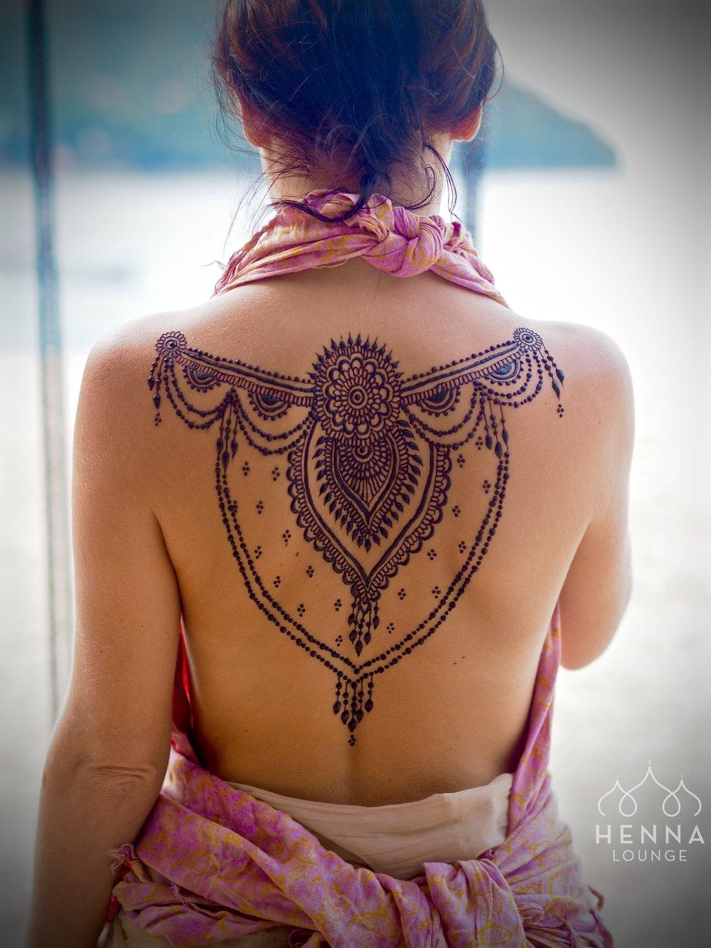 sexy back henna.jpg
