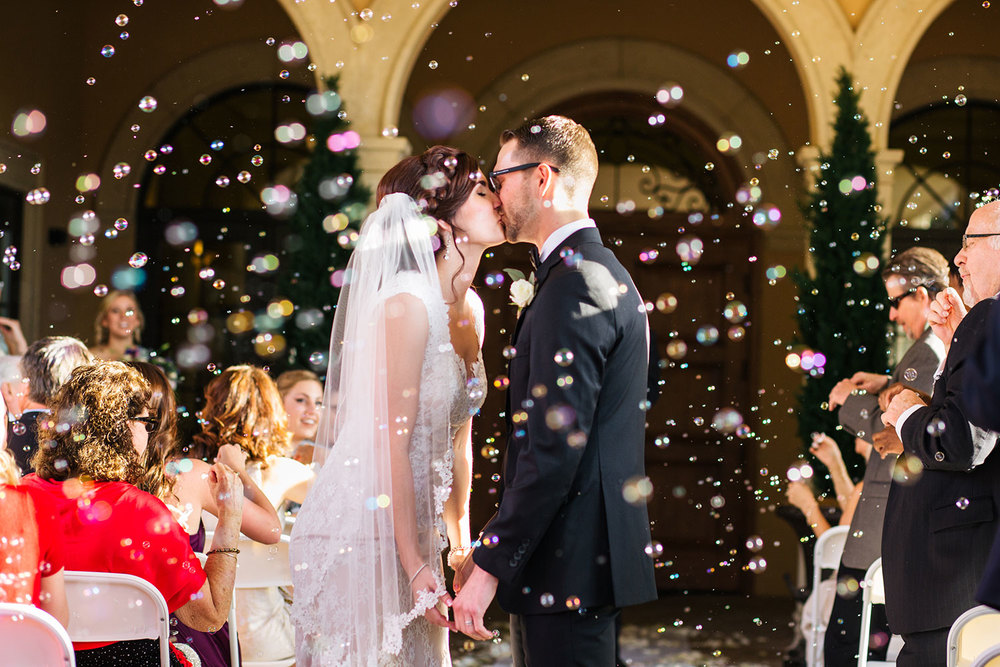 lauren-mitchell-orlando-florida-wedding-bubbles.jpg