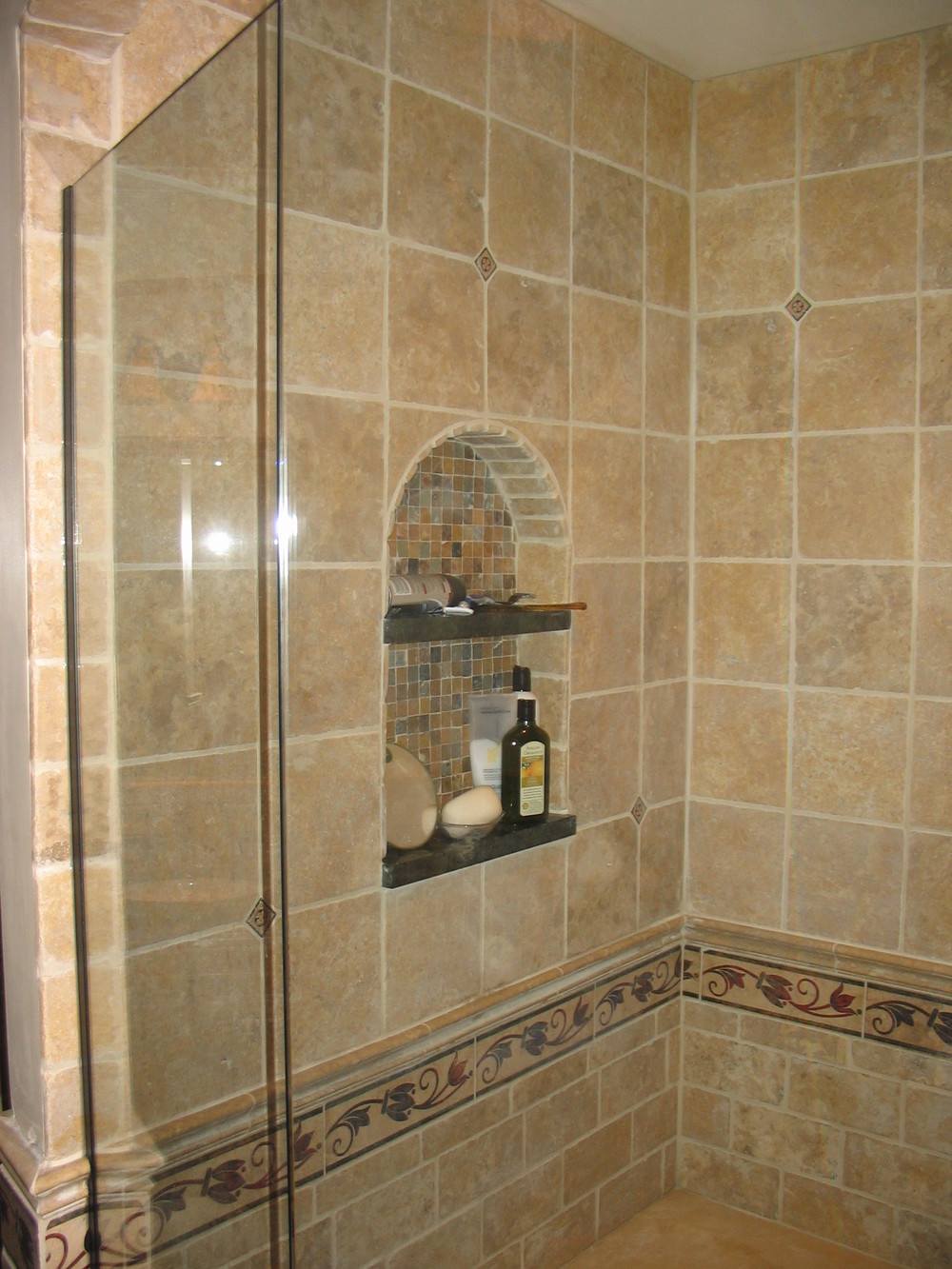 Travertine Tile With Decorative Border Throughout Entire