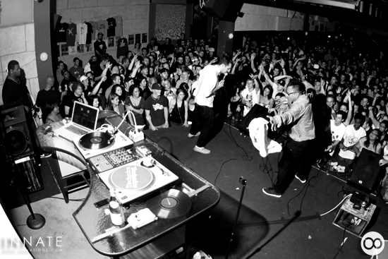 Blue Scholars and The Physics live in Bellingham (innations.com) - hit the link for more photos & video)
