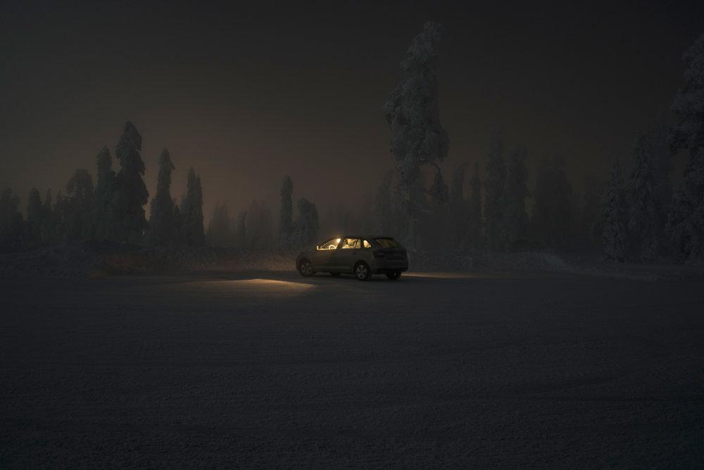 shschroeder-finnland-auto-nacht.jpg
