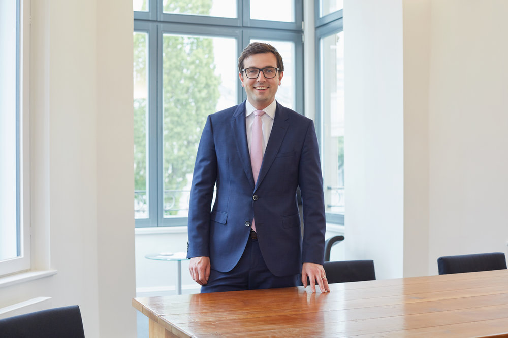notar-bonn-corporate-business-portrait-shschroeder-geschaeftsfuehrer.jpg