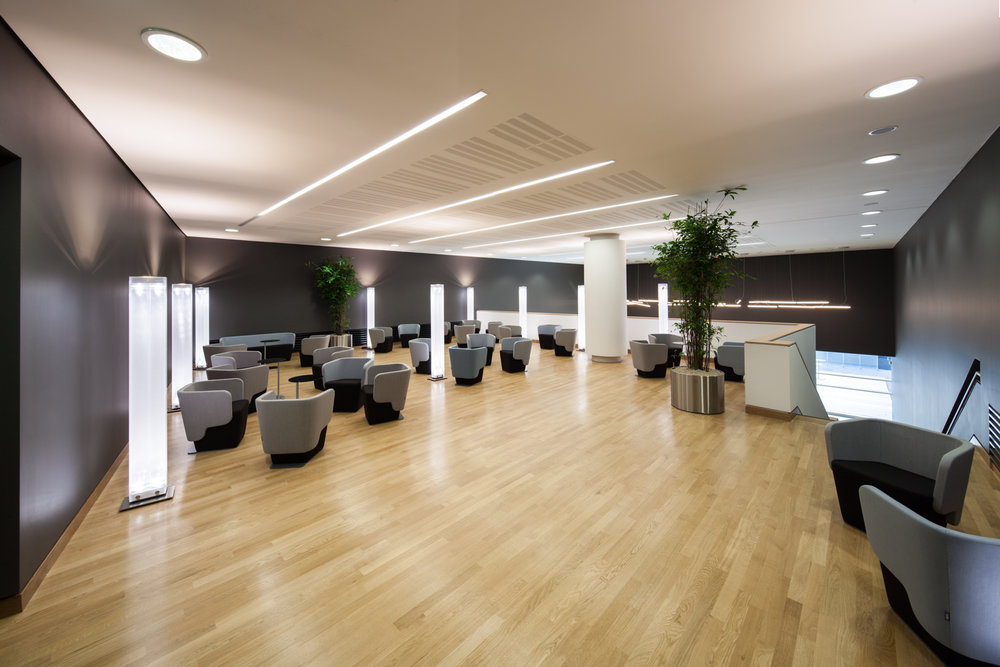 shschroeder-konferenz-lounge-architektur.jpg