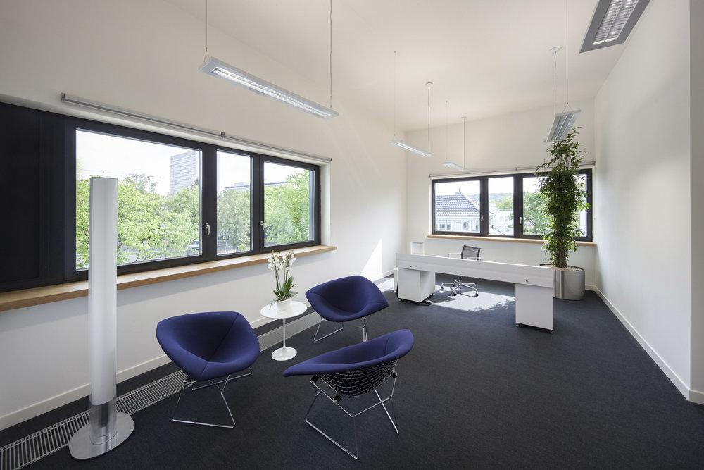 shschroeder-office-architektur-konferenzzentrum.jpg