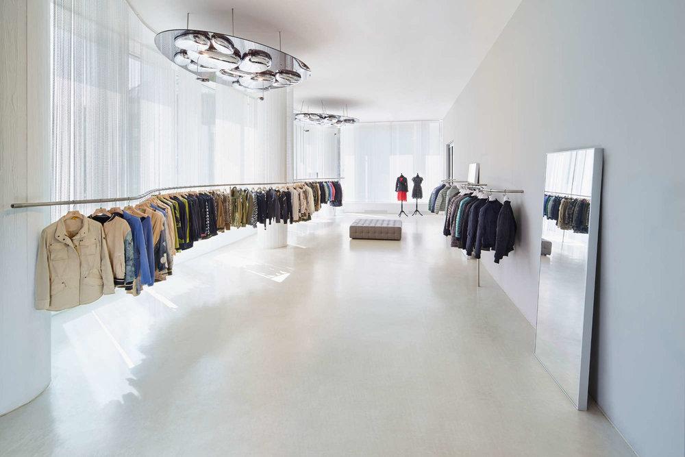 Architektur_store_white_cube_showroom_shschroeder.jpg