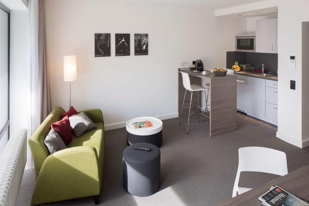 shschroeder-hotel-zimmer-architektur.jpg