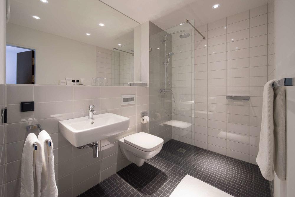shschroeder-hotel-bad-architektur.jpg
