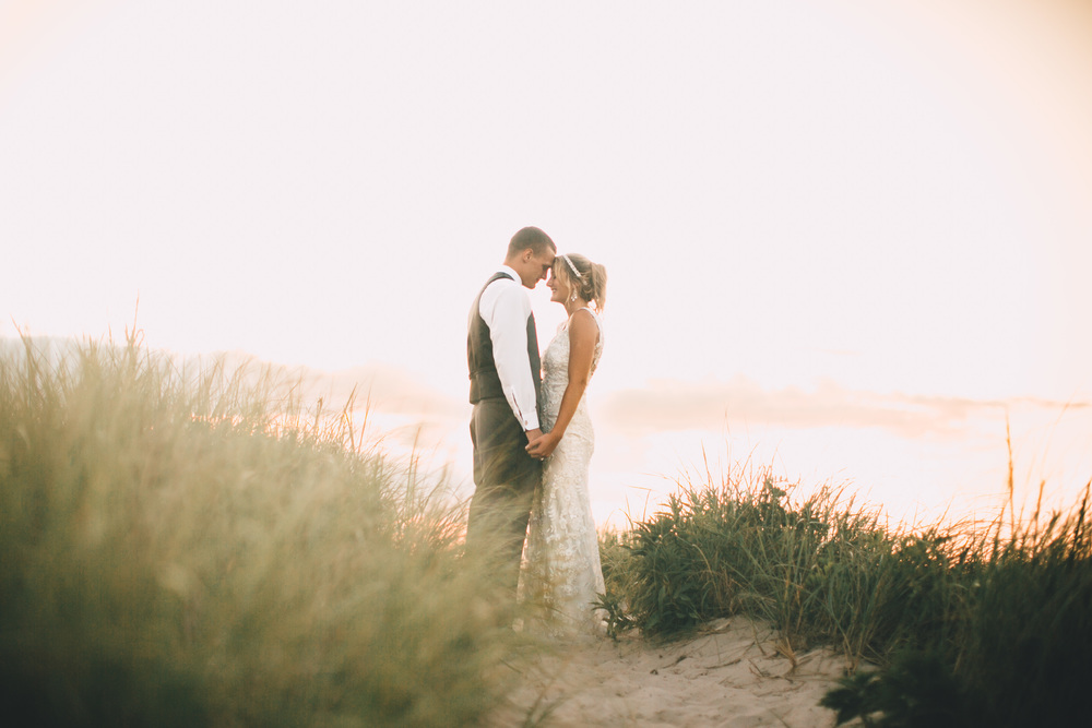 MADLY PHOTOGRAPHY GILLIAN JOE CAPE COD DENNIS BEACH WEDDING BREWSTER OCEAN ARTISTIC PHOTOGRAPHER FILM STORYTELLER LIFESTYLE NAUTICAL RUSTIC SUNSET BREWSTER ORLEANS WELLFLEET BOSTON BEACHES BAY VACATION FAMILY 12.jpg